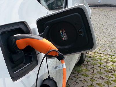 Elektromobilität Ladekabel